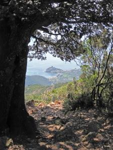 Descending to Girolata